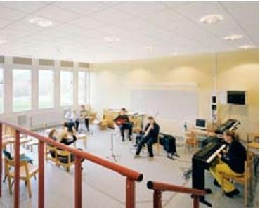 Vật liệu nội thất hút âm kết hợp hiệu quả ánh sáng  lý tưởng cho trường học